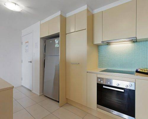 whitsunday-airlie-beach-resort-2-bedroom-apartments-unit-14 (1)