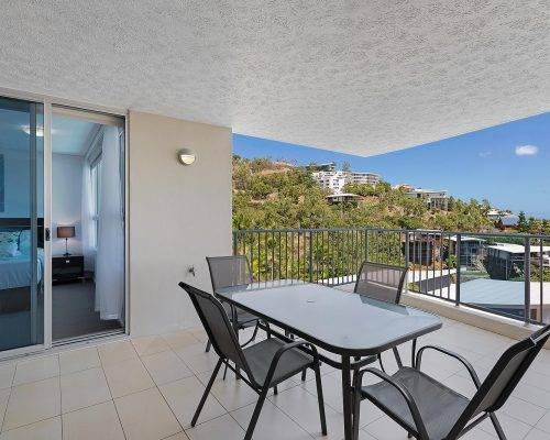 whitsunday-airlie-beach-resort-2-bedroom-apartments-unit-14 (5)