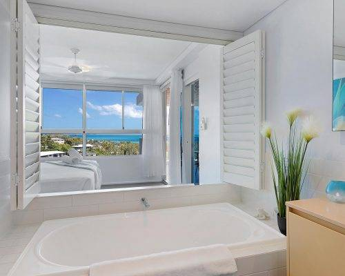 whitsunday-airlie-beach-resort-2-bedroom-apartments-unit-14 (9)