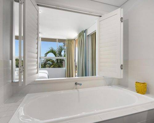 whitsunday-airlie-beach-resort-2-bedroom-apartments-unit-18 (14)