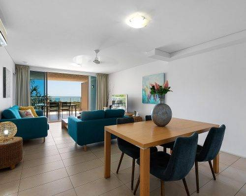 whitsunday-airlie-beach-resort-2-bedroom-apartments-unit-18 (2)