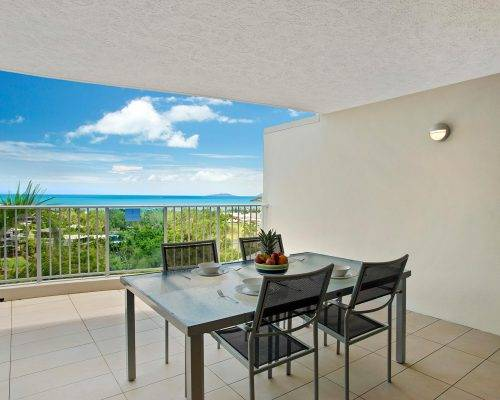 whitsunday-airlie-beach-resort-2-bedroom-apartments-unit-18 (29)
