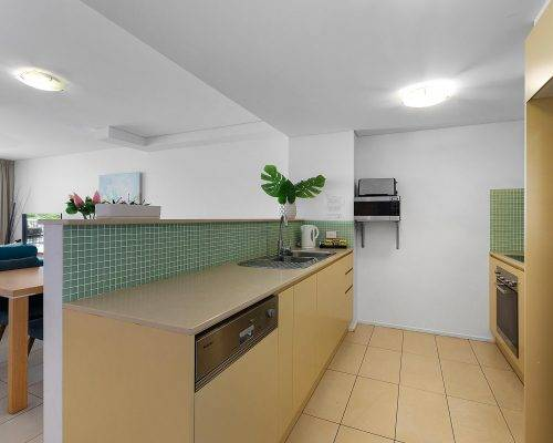 whitsunday-airlie-beach-resort-2-bedroom-apartments-unit-18 (3)
