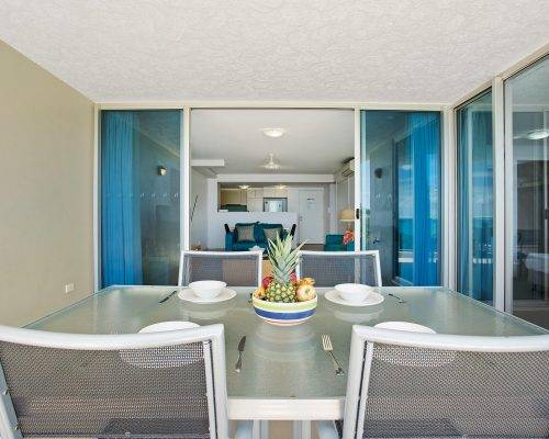 whitsunday-airlie-beach-resort-2-bedroom-apartments-unit-18 (31)