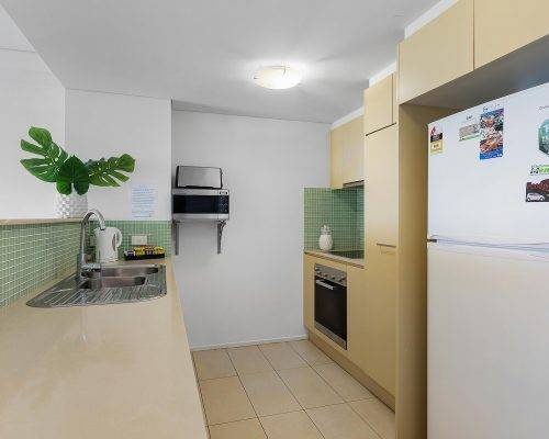 whitsunday-airlie-beach-resort-2-bedroom-apartments-unit-18 (4)