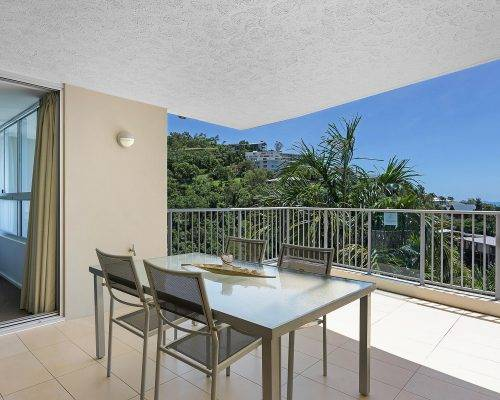 whitsunday-airlie-beach-resort-2-bedroom-apartments-unit-18 (6)