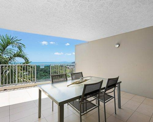 whitsunday-airlie-beach-resort-2-bedroom-apartments-unit-18 (7)