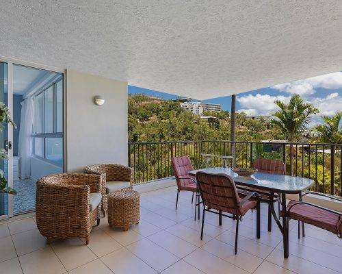 whitsunday-airlie-beach-resort-2-bedroom-apartments-unit-2 (28)