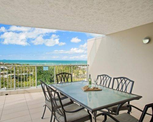 whitsunday-airlie-beach-resort-2-bedroom-apartments-unit-22 (12)
