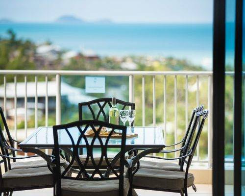 whitsunday-airlie-beach-resort-2-bedroom-apartments-unit-22 (3)