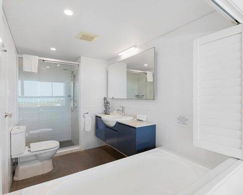 whitsunday-airlie-beach-resort-2-bedroom-apartments-unit-23 (1)