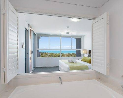 whitsunday-airlie-beach-resort-2-bedroom-apartments-unit-23 (2)