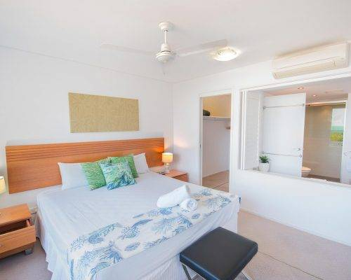 whitsunday-airlie-beach-resort-2-bedroom-apartments-unit-3 (1)