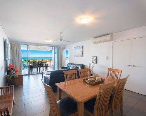 whitsunday-airlie-beach-resort-2-bedroom-apartments-unit-3 (4)