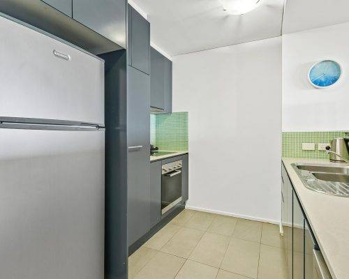 whitsunday-airlie-beach-resort-2-bedroom-apartments-unit-7 (4)