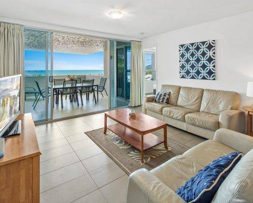 whitsunday-airlie-beach-resort-2-bedroom-apartments-unit-7 (6)