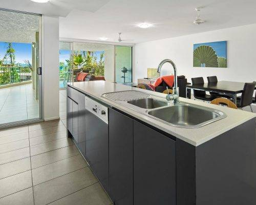 whitsunday-airlie-beach-resort-3-bedroom-apartments-unit-1 (11)