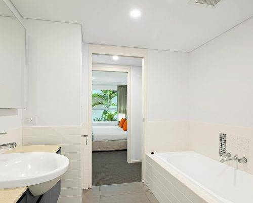 whitsunday-airlie-beach-resort-3-bedroom-apartments-unit-13 (10)