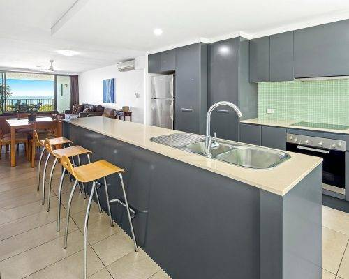 whitsunday-airlie-beach-resort-3-bedroom-apartments-unit-13 (13)