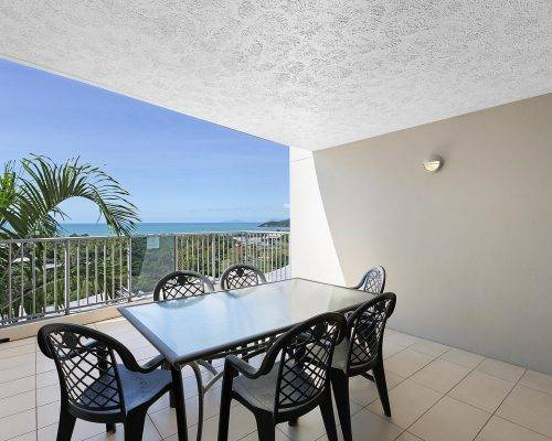 whitsunday-airlie-beach-resort-3-bedroom-apartments-unit-21 (5)