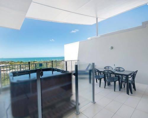 whitsunday-airlie-beach-resort-3-bedroom-apartments-unit-28 (1)