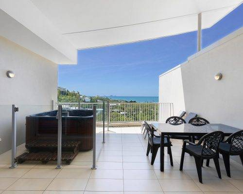whitsunday-airlie-beach-resort-3-bedroom-apartments-unit-28 (5)