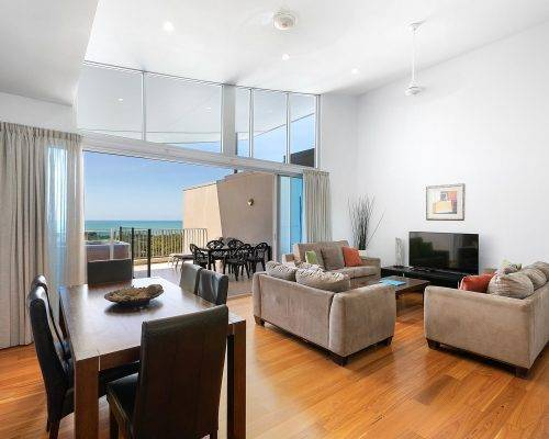 whitsunday-airlie-beach-resort-3-bedroom-apartments-unit-28 (8)