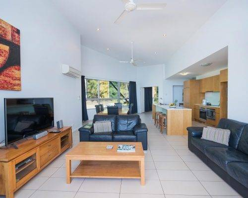 whitsunday-airlie-beach-resort-3-bedroom-apartments-unit-30 (8)