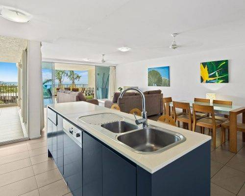 whitsunday-airlie-beach-resort-3-bedroom-apartments-unit-9 (3)